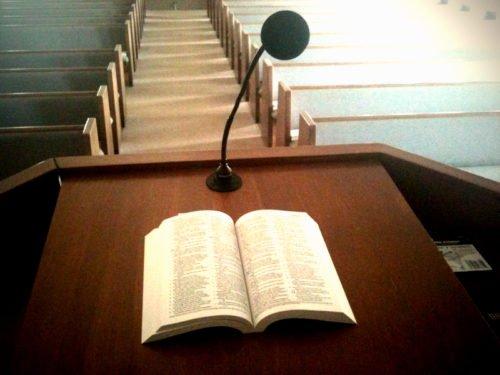 bible-pulpit1
